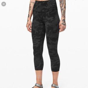 "Lululemon leopard align crop  21"" leggings"